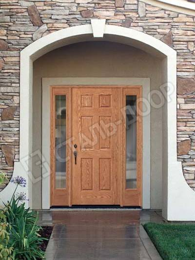 Трёхстворчатая входная дверь в частный дом с отделкой МДФ и стеклом